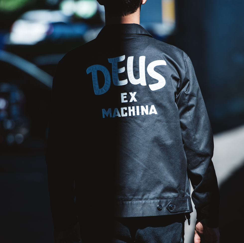 DEUS EX MACHINA X SKETCH